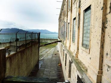 Patricia Barnard (@rockandroses_ of the UK caught a pretty but haunting photo of Alcatraz: https://twitter.com/rockandroses_/status/481157396061229056/photo/1