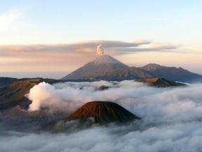 Anja Beckmann (@travelontoast) of Germany took this spellbinding photo in Indonesia: pic.twitter.com/PFXFE1NV62